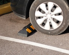 Kaučukový parkovací doraz